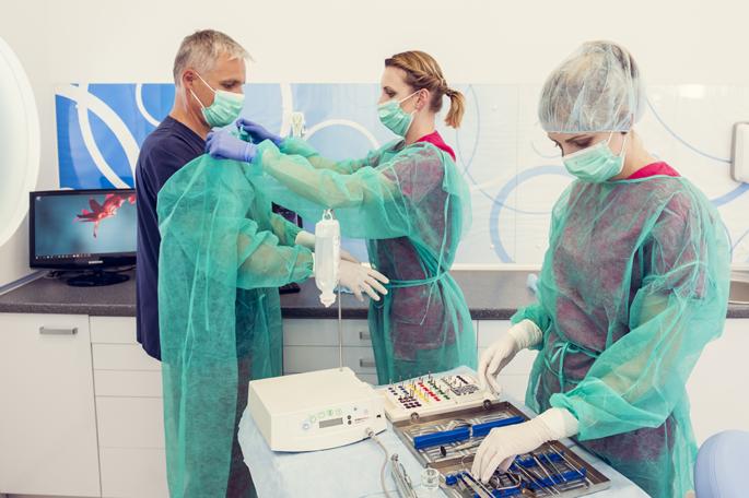 Bezbolesne zabiegi chirurgii stomatologicznej w Estetika Łódź